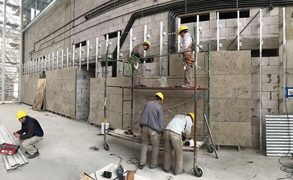fachadas ventiladas para banco galicia