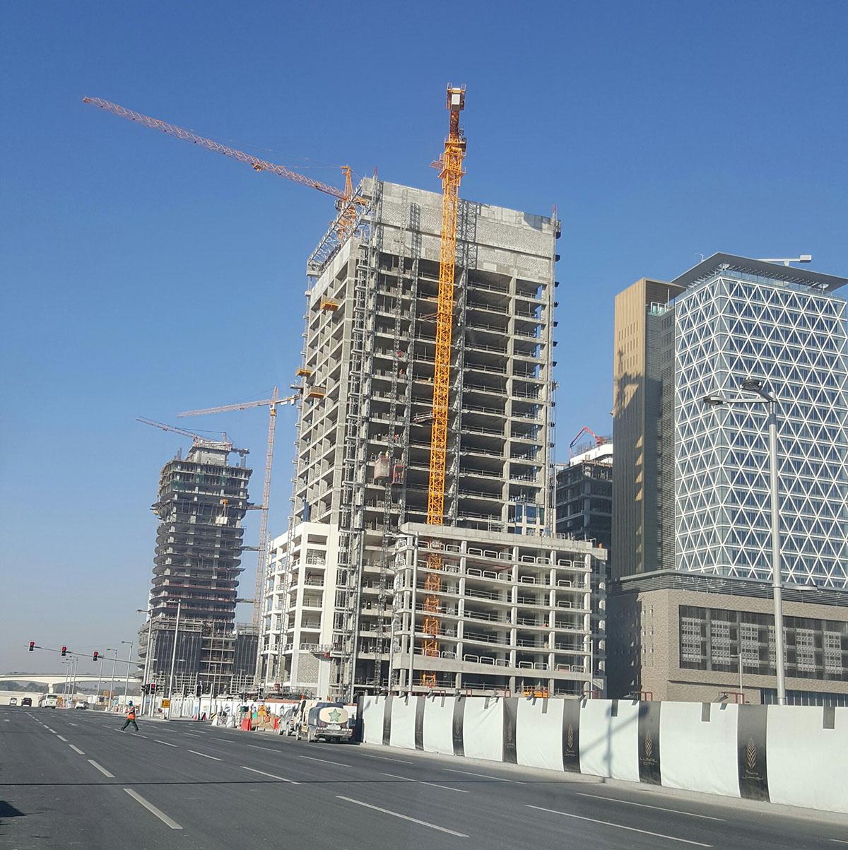 Sistema masa - proyecto de fachada ventilada en Qatar