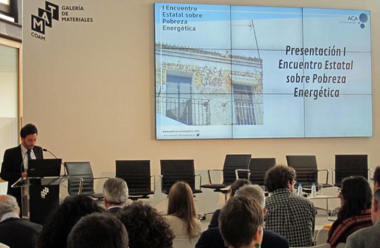 Reunión sobre rehabilitación de edificios como medida para la pobreza energética