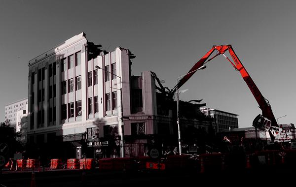 evaluar los daños de un edificio tras terremoto