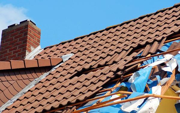 cómo aislar tu casa del frío tejados
