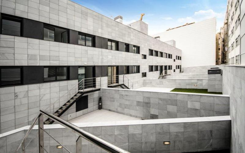 Uno de los proyectos de fachadas ventiladas de sistema masa