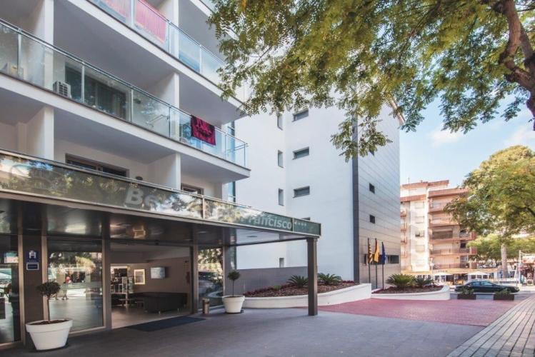 Hotel Best San Francisco con sistema de fachada ventilada · Sistema Masa