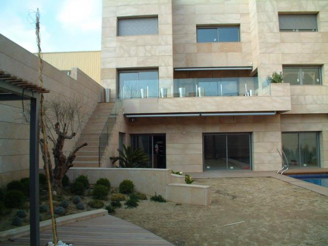 El Prat Single Family Home