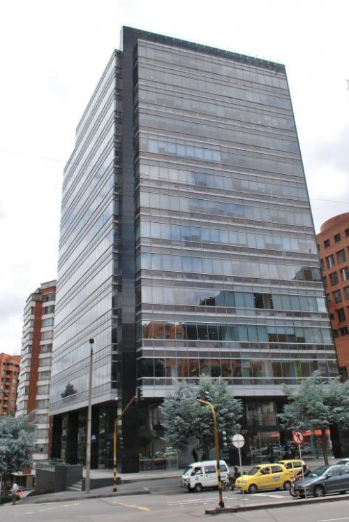 Gebäude calle 63 Squadra