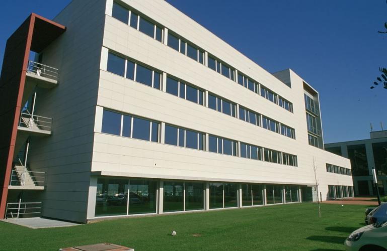 Immeuble de bureaux Muntades II