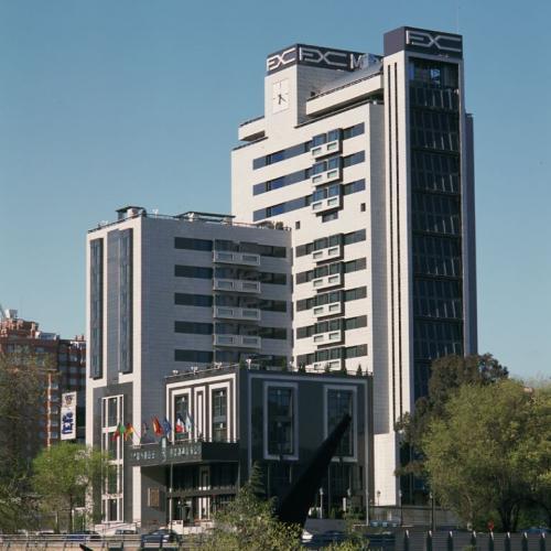 Hotel Foxa M-30 con sistema de fachada ventilada · Sistema Masa