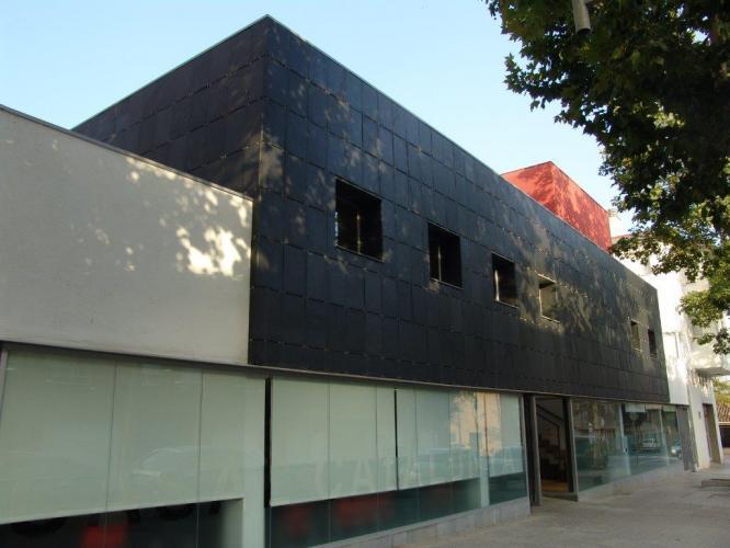 Casal Catalunya con sistema de fachada ventilada · Sistema Masa