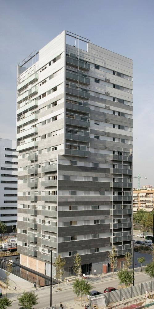 Fachadas ventiladas de Sistema Masa