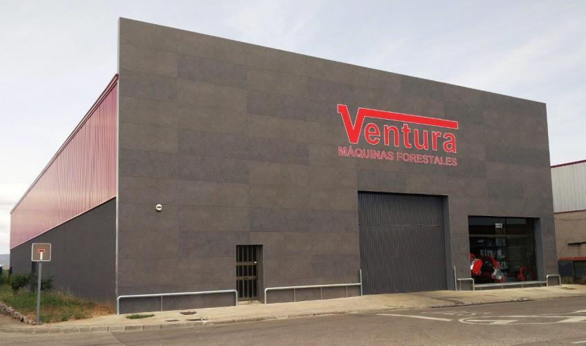 Rehabilitación Nave Industrial Aiguaviva con sistema de fachada ventilada · Sistema Masa