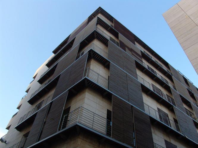 Edificio viviendas Blasco de Garay con sistema de fachadas ventiladas · Sistema Masa