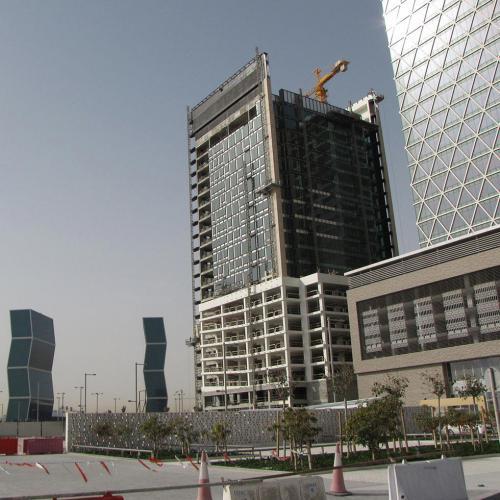 Centro comercial Marina Mix 052 con sistema de fachada ventilada · Sistema Masa