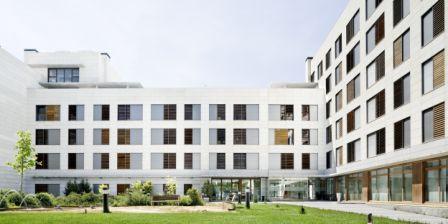 Residencia Albertia Moratalaz con sistema de fachada ventilada · Sistema Masa