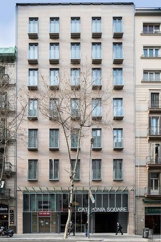 Hotel Catalonia Square con sistema de fachada ventilada · Sistema Masa
