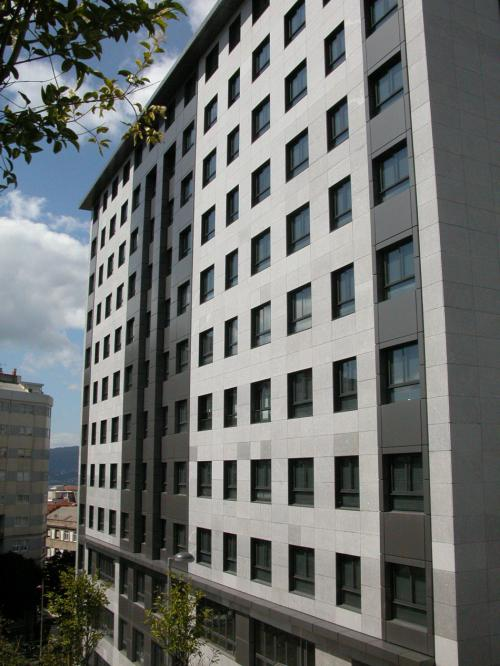 Torre Pizarro - 79 luxury homes