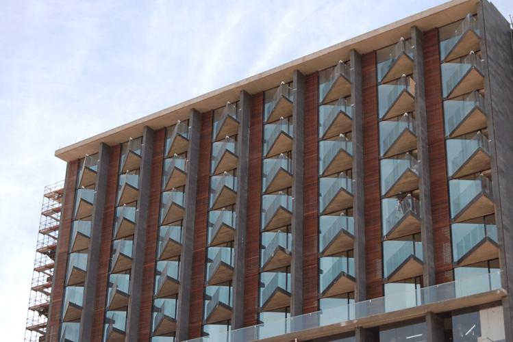Hotel Casino Rinconada  con fachadas ventiladas - Sistema Masa