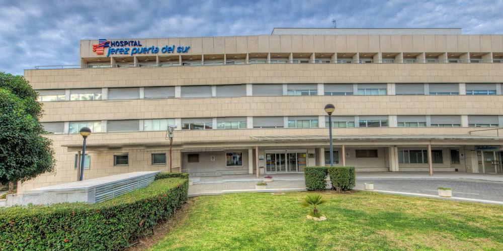 Hospital Jerez Puerta del Sur con fachadas ventiladas - Sistema Masa