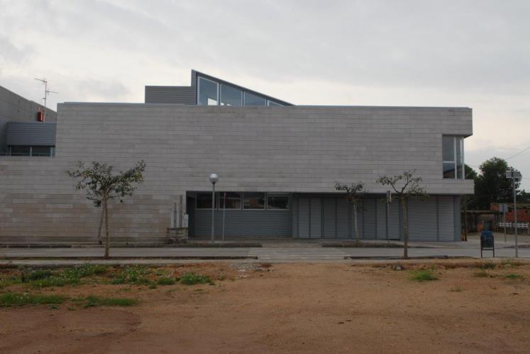 C.A.P. Ulldecona sistema fachada ventilada · Sistema Masa