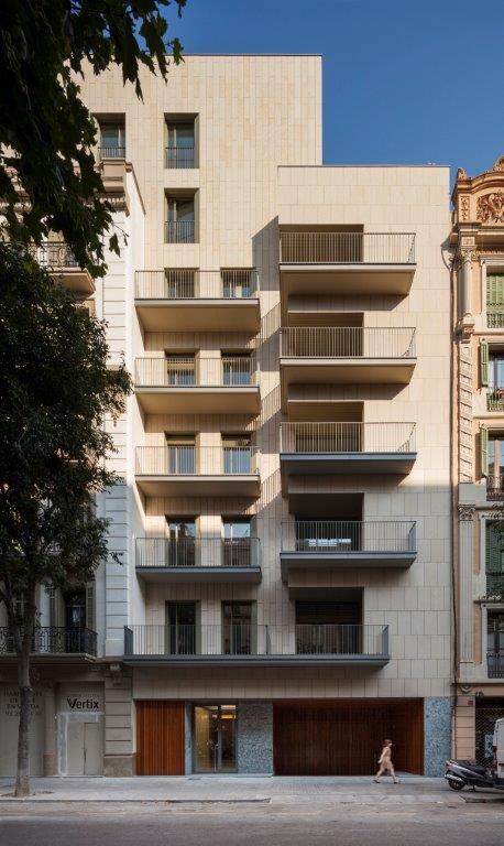 Diseño de fachadas de Sistema Masa. Edificio Rambla de Catalunya