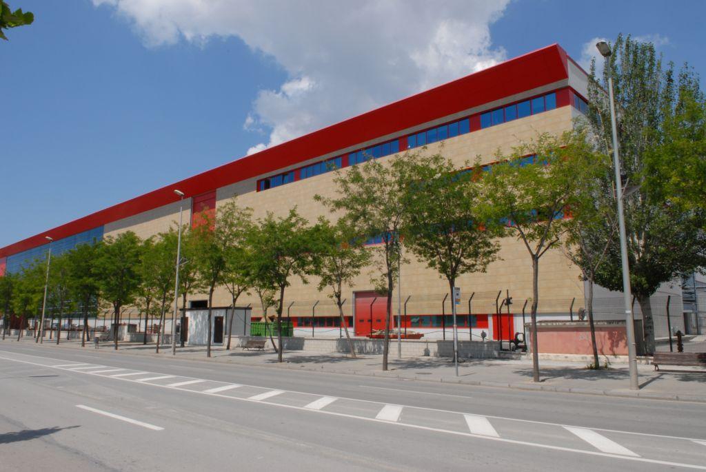 fachadas ventiladas - sistema masa - edificio industrial damn