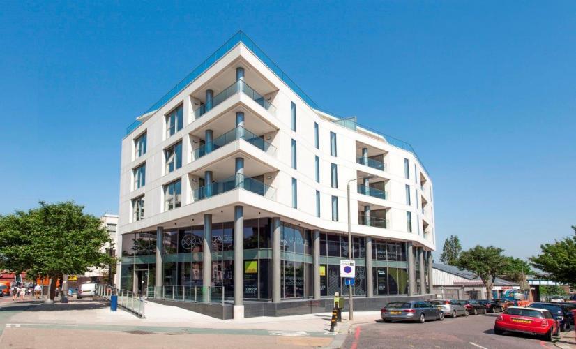 74 Upper Richmond Road con fachadas ventiladas - Sistema Masa