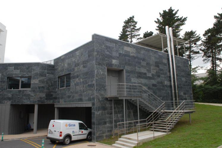 Policlinica Gipuzkoa sistema fachadas ventiladas · Sistema Masa
