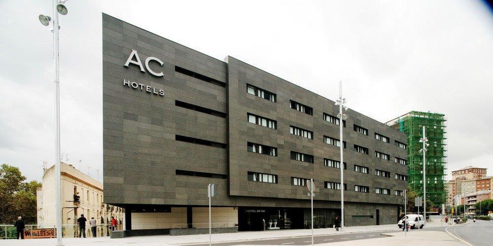 Fachada ventilada hotel AC Sants, Barcelona. Sistema Masa