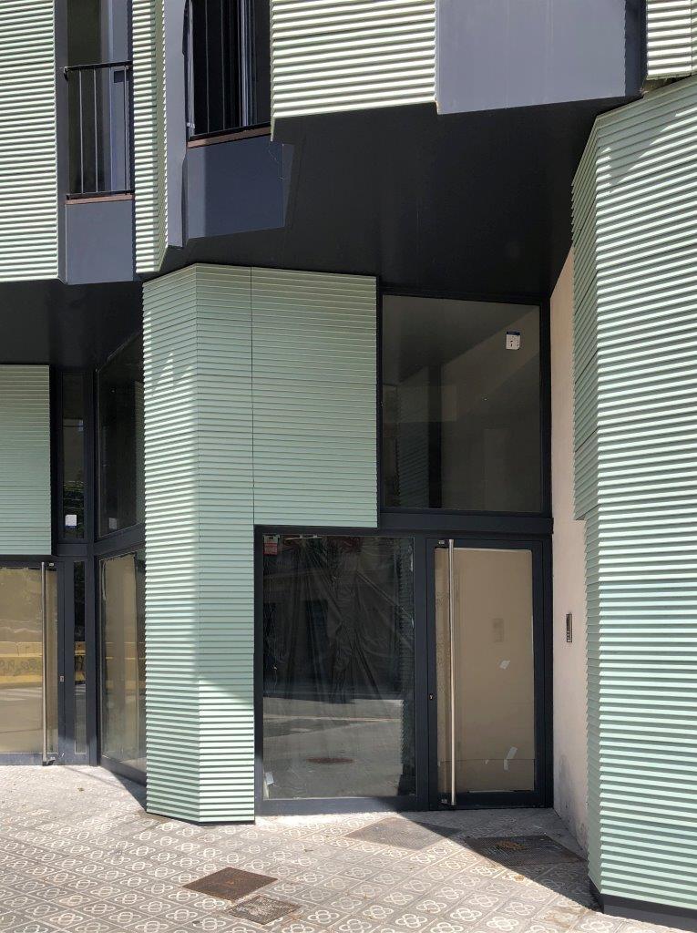 Edificio viviendas Napols