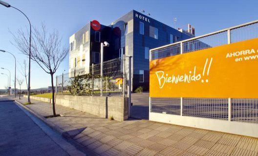 Hotel Bed4U Tudela fachada ventilada Sistema Masa