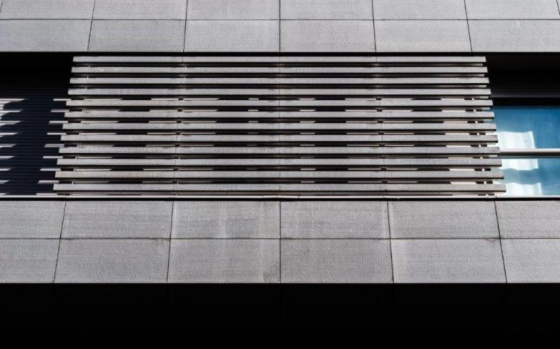Mercado Torrijos con sistema de fachada ventilada - Sistema Masa