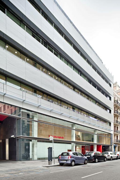 fachadas ventiladas de Espinet & Ubach