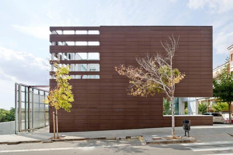 Sistema Masa • Revestimiento de fachadas de cerámica • Archivo comarcal del Baix Llobregat. Sistema Masa
