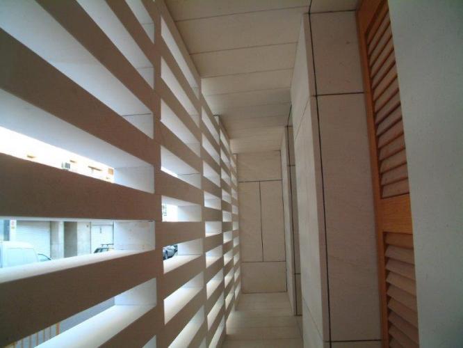 Edificio viviendas Papa Pius con fachada ventilada de Sistema Masa