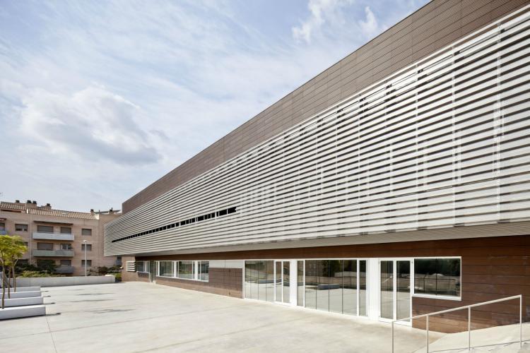 Sistema Masa • Revestimiento de fachadas ventiladas de cerámica • Archivo comarcal del Baix Llobregat