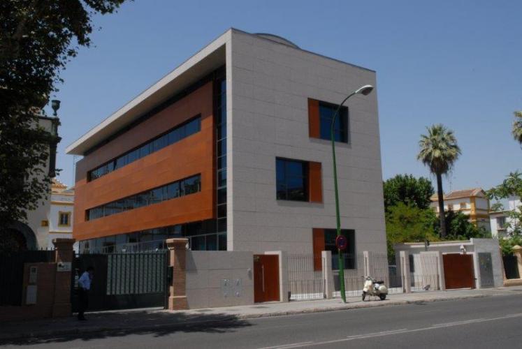 Edificio de Oficinas El Palmar