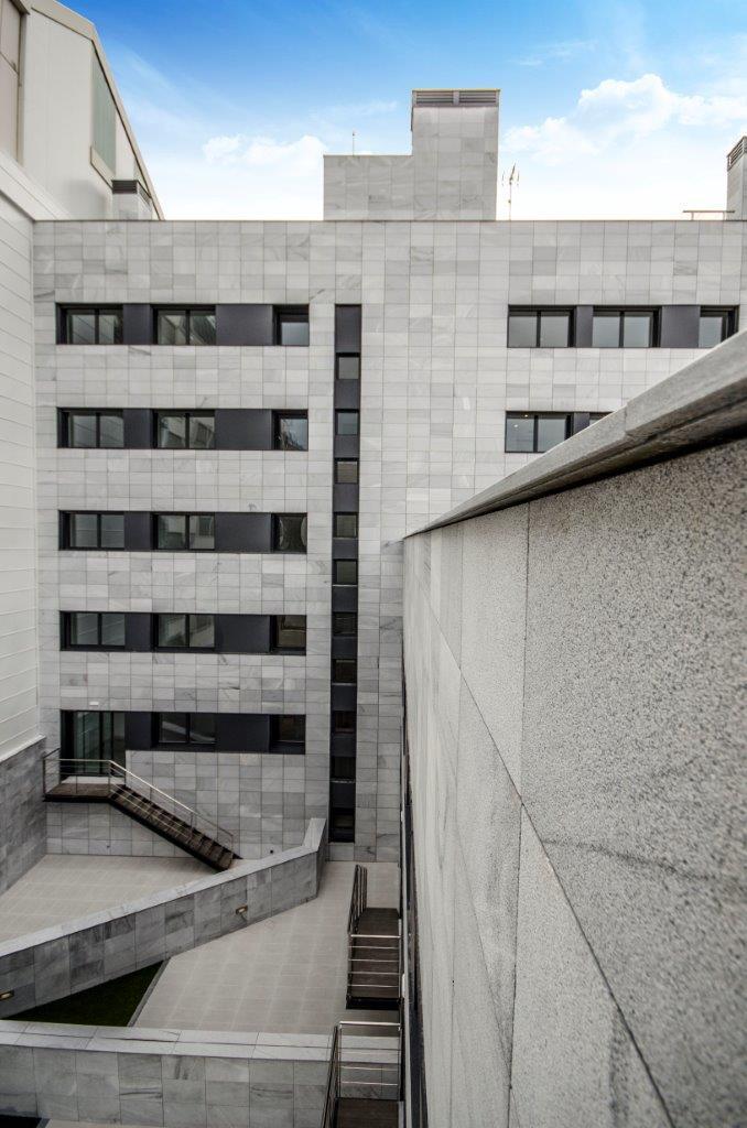 Edificio plurifamiliar Travessera