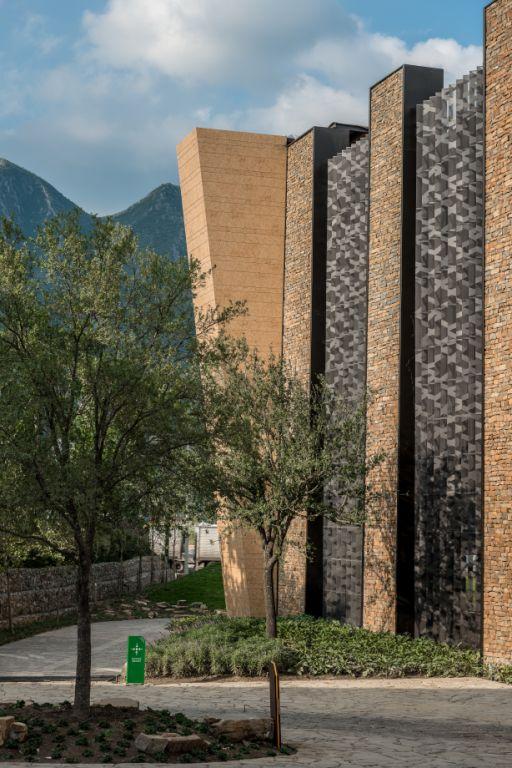 Sistema Masa • Centro Comercial Serena • fachadas ventiladas