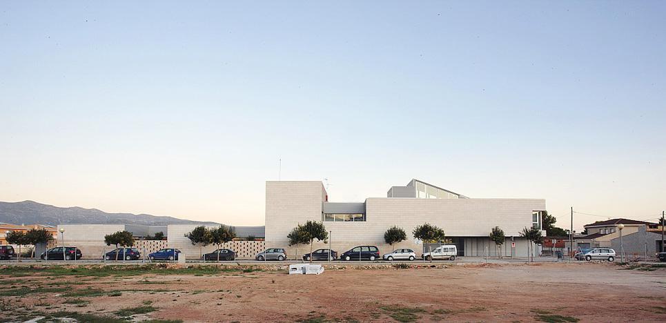 C.A.P. Ulldecona fachadas ventiladas - Sistema Masa