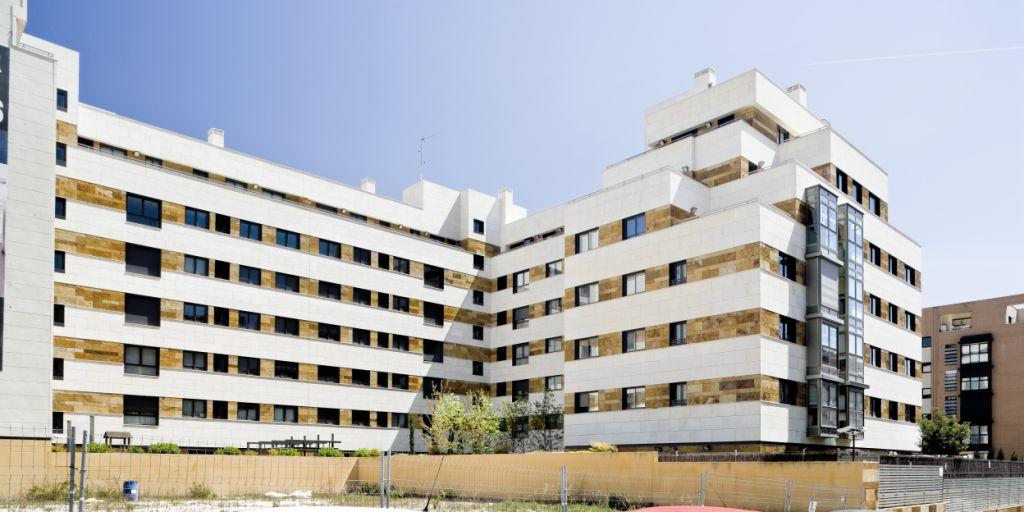 Revestimiento de fachada ventilada de Sistema Masa