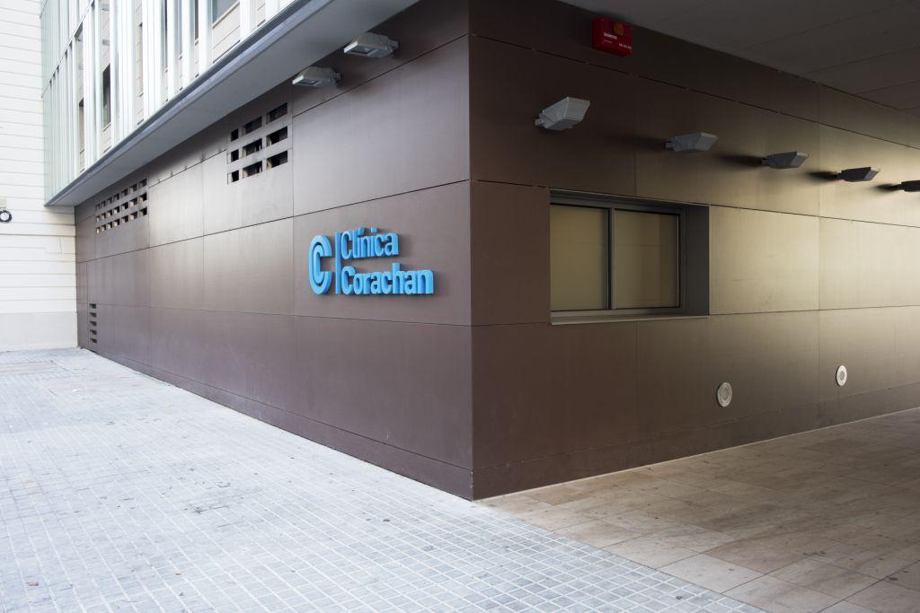 Sistema Masa • Clínica Corachan • fachadas ventiladas