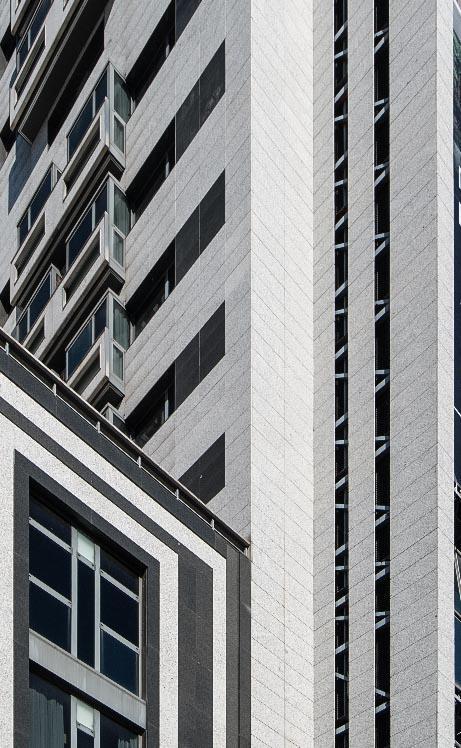 Hotel Foxa M-30 con fachadas ventiladas de Sistema Masa