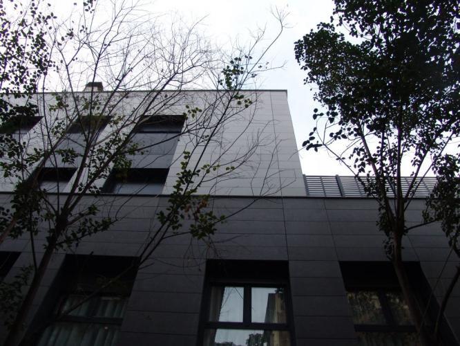 Edificio viviendas Gracia