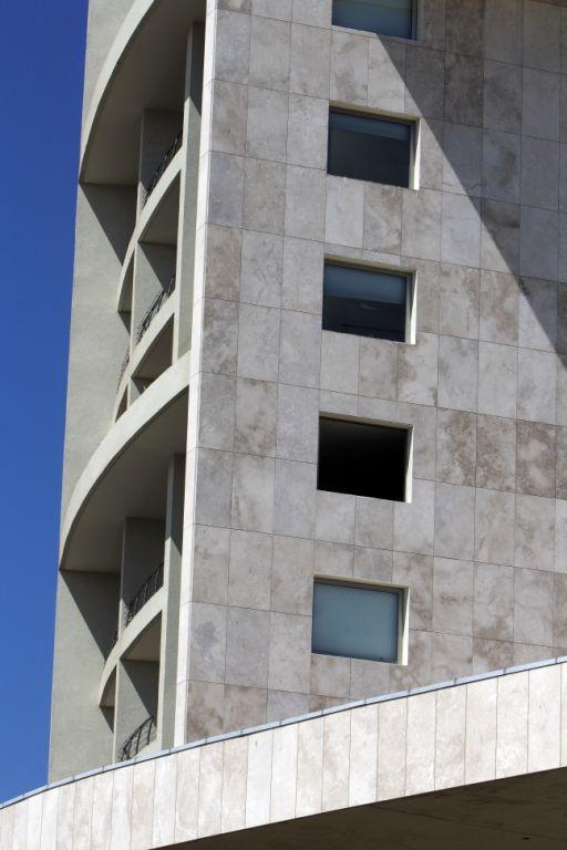 detalles de la fachada ventilada del casino enjoy coquimbo