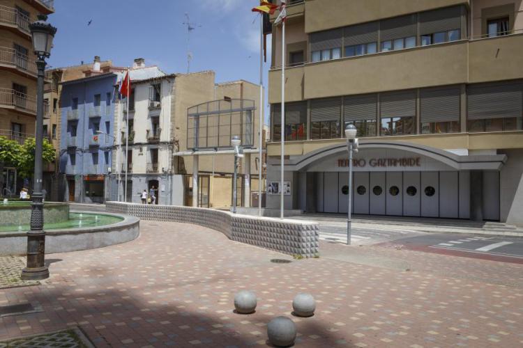 Teatro Gaztambide con fachada ventilada de Sistema Masa