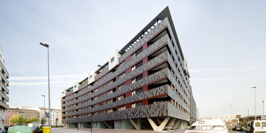 Fachadas ventiladas de Sistema Masa. Viviendas en Barakaldo