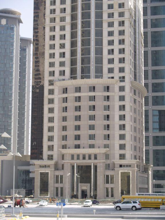 fachadas ventiladas para Al Majed Tower por Sistema Masa