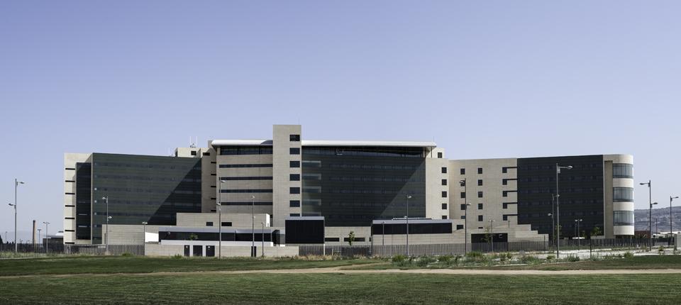 Hospital campus de la salud, fachadas ventiladas
