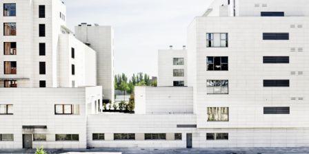 Residencia Albertia Moratalaz con fachadas ventiladas de Sistema Masa