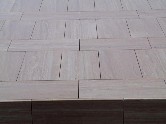 Muebles Juan Aguilar con fachadas ventiladas de Sistema Masa