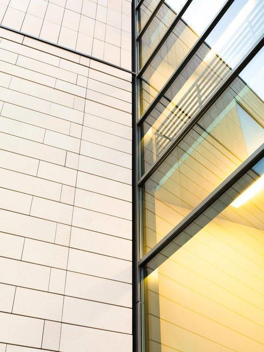 Fachadas ventiladas de Sistema Masa para Bolton College